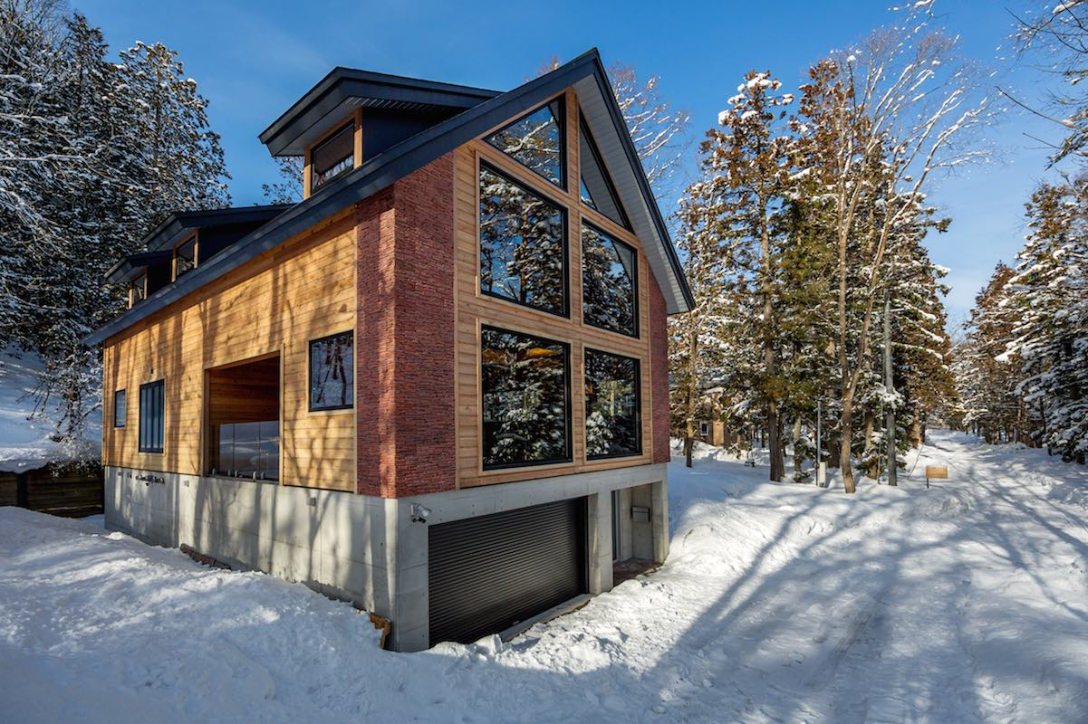 Phoenix One|4 Bedroom Chalet